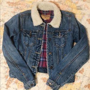 Hollister sherpa jean jacket
